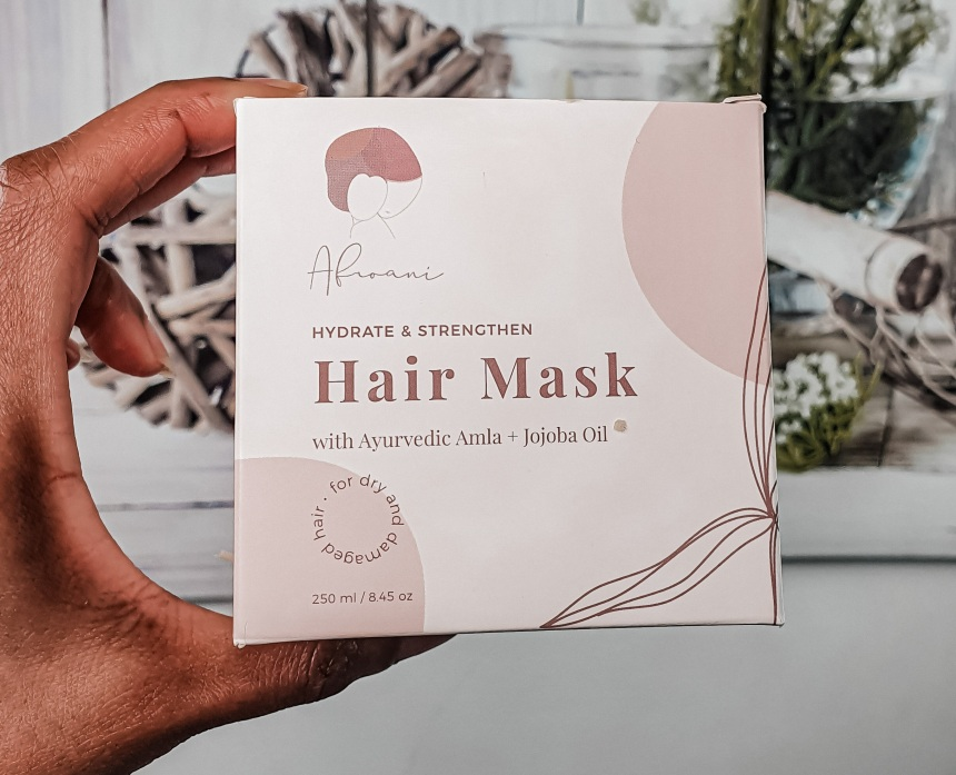 Le packaging du masque capillaire de la marque black owned AFROANI